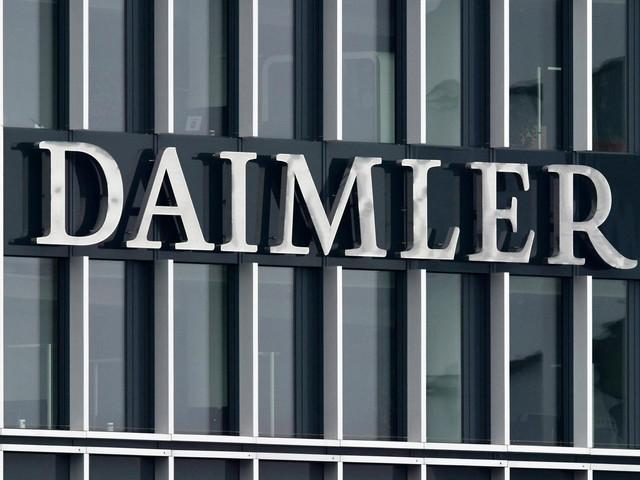 Daimler fährt Produktion in Mercedes-Werken wieder hoch