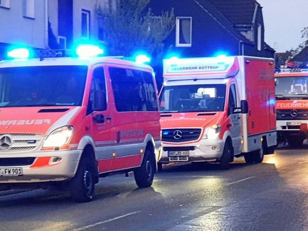 Feuerwehr: Brand auf Bottroper Balkon: Nachbarin verhindert Schlimmeres