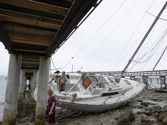 """""""Henri"""" traf als Tropensturm in Rhode Island auf US-Küste"""