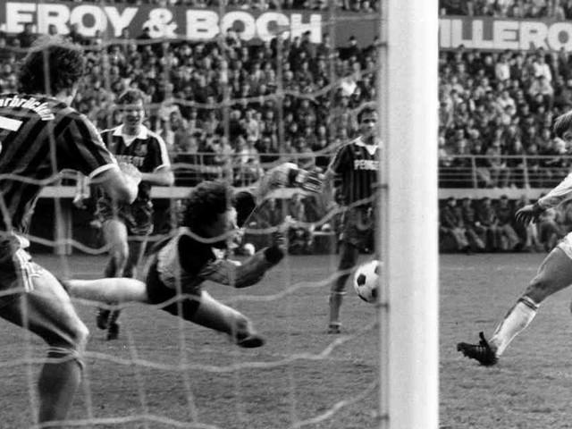 KFC gewinnt 1985 Pokal-Halbfinale: Brinkmanns Schuss ins Glück