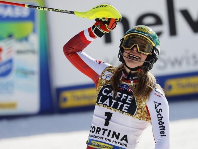 Gold im Slalom: Liensberger avanciert zum WM-Superstar