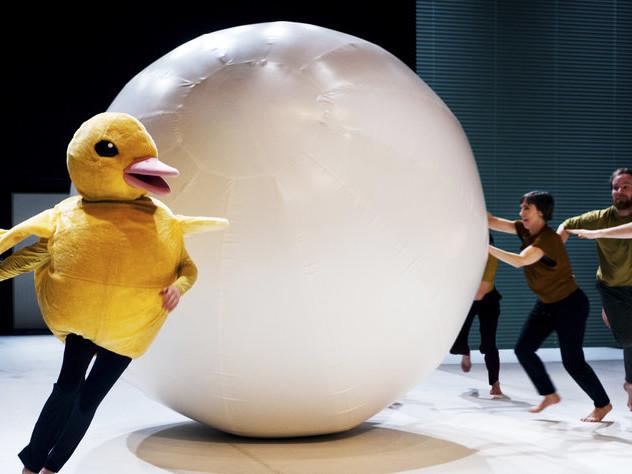 Tanz über Ende und Anfang: Tanz um Henne und Ei