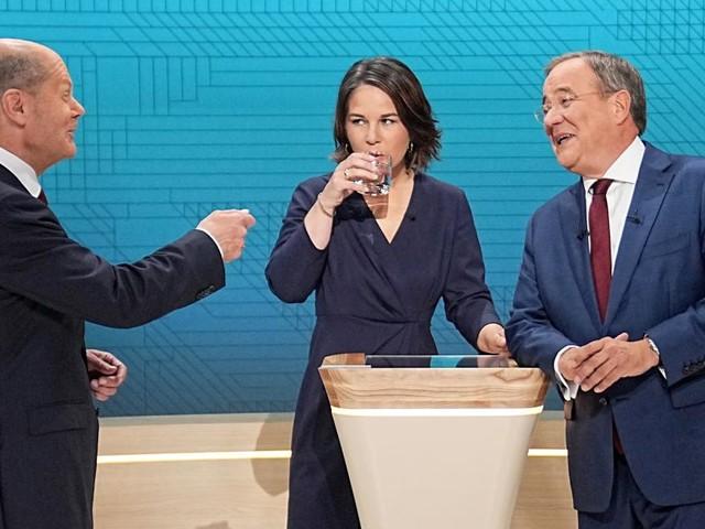 Bundestagswahl: Zweites Triell beginnt mit Aussagen zu Koalitionen