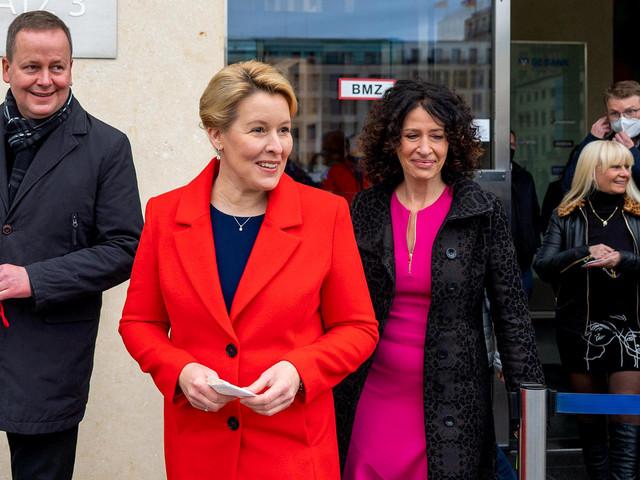 Rot-Grün-Rot in Berlin: Koalitionsverhandlungen haben begonnen