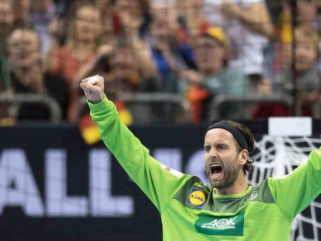 31:23 gegen Serbien: Torwart Heinevetter trifft zweimal bei Deutschland-Sieg gegen Serbien
