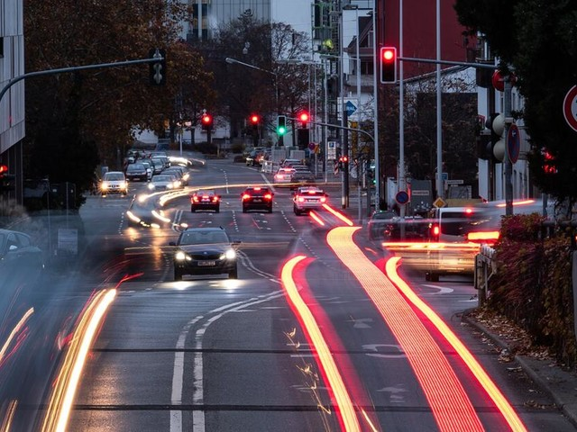 Stickoxid-Wert 2018 in 57 Städten zu hoch - Tendenz sinkend