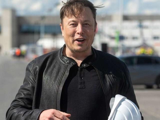 Elon Musk twittert über Chipmangel – und verwirrt mit Klopaper-Analogie