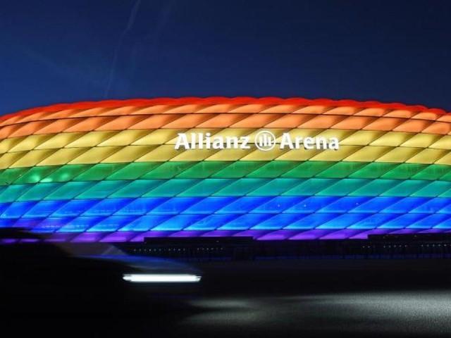 So blicken andere Länder auf die Regenbogen-Debatte um die Münchner Arena
