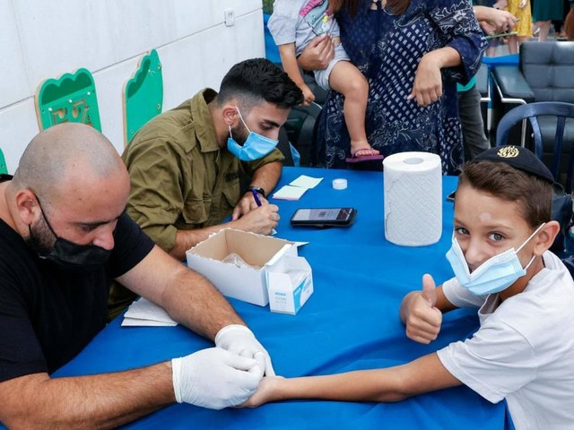 Israel will Kinder im Unterricht impfen