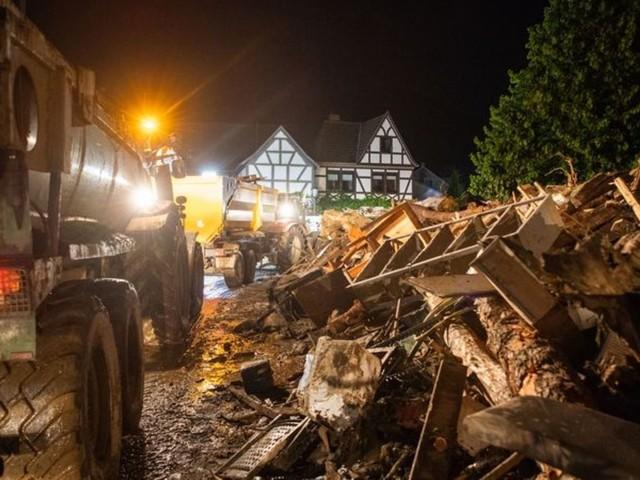 Katastrophe in Ahrweiler: Hochwasser: Polizei Koblenz meldet über 90 Tote