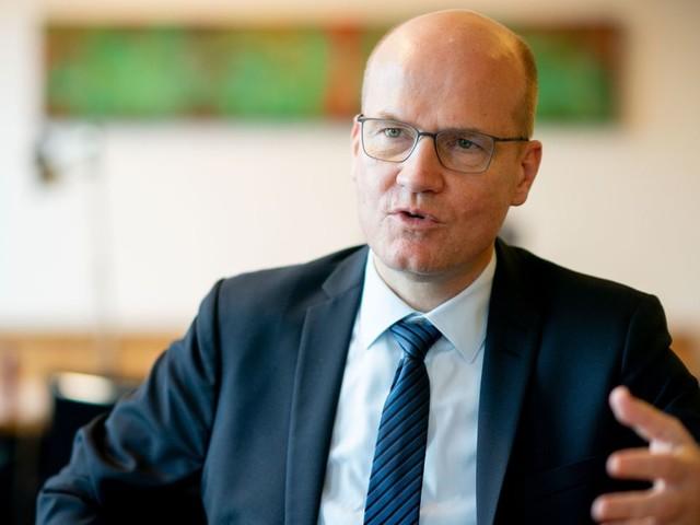 Corona: Ralph Brinkhaus fordert strengere Regeln an Silvester