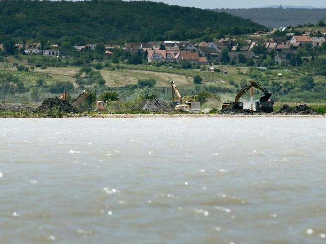 Pro und Contra: Donau-Wasser für den Neusiedler See?