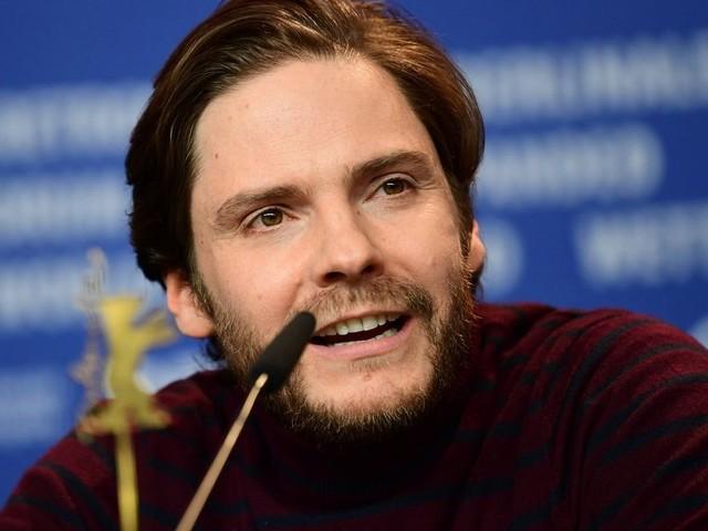 Daniel Brühl stellt Regiedebüt bei Berlinale vor