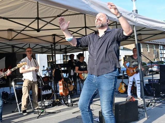 "[GA+] ""Alles em Lot"" in Rheinbach: Freude über Live-Konzerte bei""Kultur im Hof"" mit BAP-Coverband"