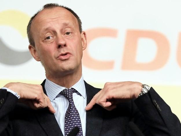 Ex-Fraktionschef: Friedrich Merz lässt politische Zukunft weiter offen