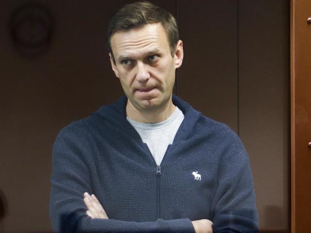Nawalny in Zivilkrankenhaus untersucht