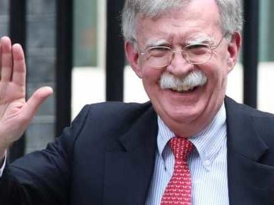 Der frühere US-Sicherheitsberater John Bolton erhebt in seinem Buch schwere Vorwürfe gegen den damaligen US-Präsidenten Donald Trump.
