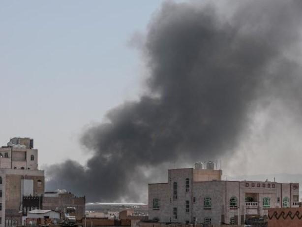 Internationale Konflikte: Schwere Gefechte im Jemen - Drohnenangriff auf Saudi-Arabien
