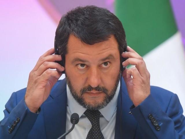 Salvini will hohe Geldstrafen für Flüchtlingsretter