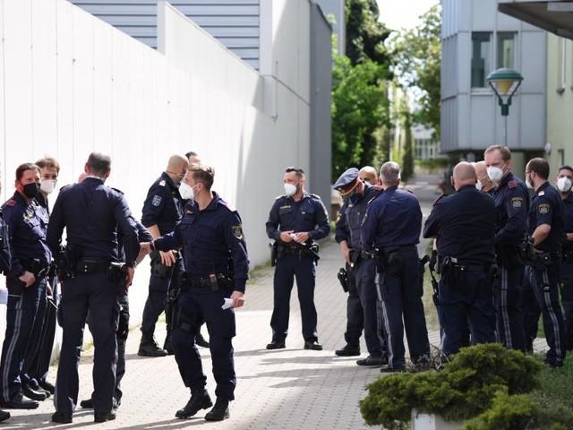 Polizei und Justiz suchen weiter nach geflohenem Häftling