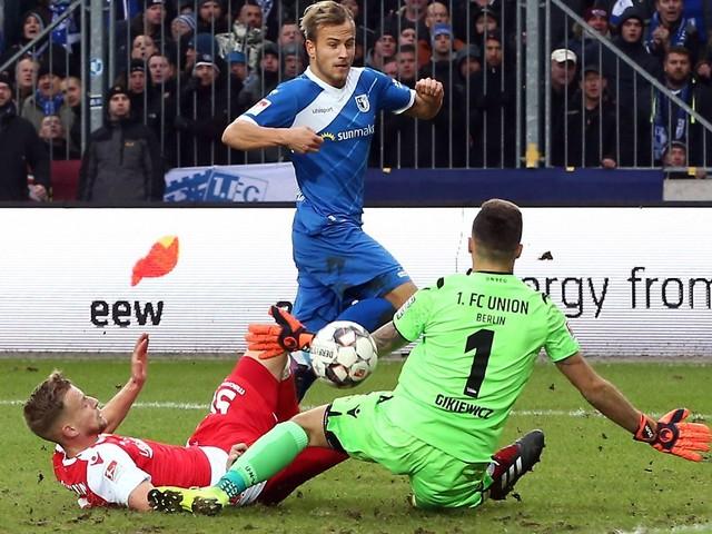 Holstein Kiels Höhenflug hält an: Union Berlin verhindert erste Niederlage