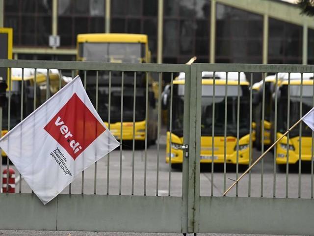 Streiks im ÖPNV: Busfahrergehalt: Nach 17 Berufsjahren rund 3300 Euro brutto