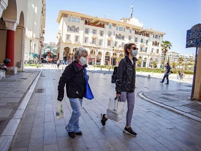 Vom Spaziergang bis zum Einkaufsbummel: Erste Lockerungen der Covid-19 Maßnahmen weltweit