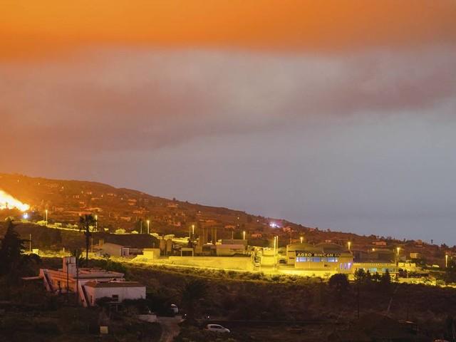 5000 Menschen auf La Palma evakuiert: Lavaflüsse verschlingen Häuser