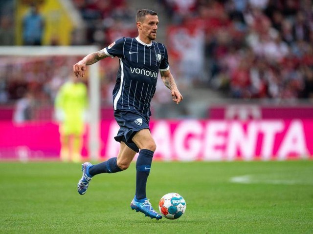 Bundesliga: Bochumer Stürmer Zoller wird am Knie operiert
