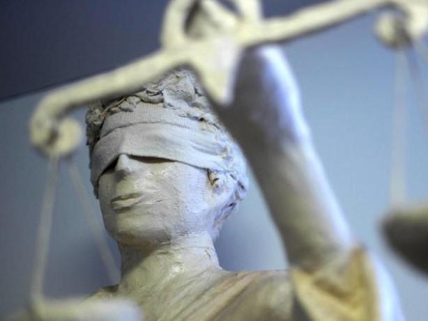 Prozesse: Autounfälle provoziert? Mann wegen Betrugs vor Gericht