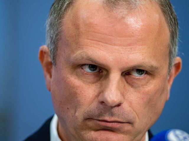 """Schalke-Star postet Foto von Training in BVB-Trikot - und kassiert Mega-Rüffel:""""Ich habe ihm mehr als deutlich gemacht"""""""