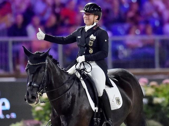 """""""Pferde sind kein Sportgerät"""": Werth sieht keine Tierquälerei im Reitsport"""