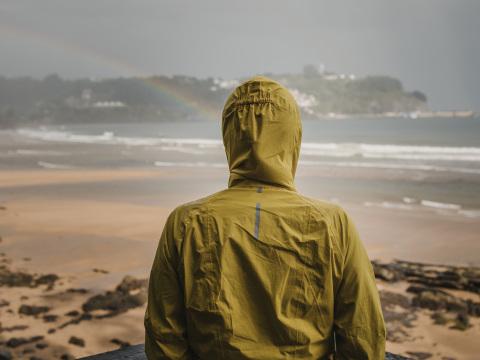 Heute beginnt der Herbst: So schützen Sie sich vor Wind und Regen
