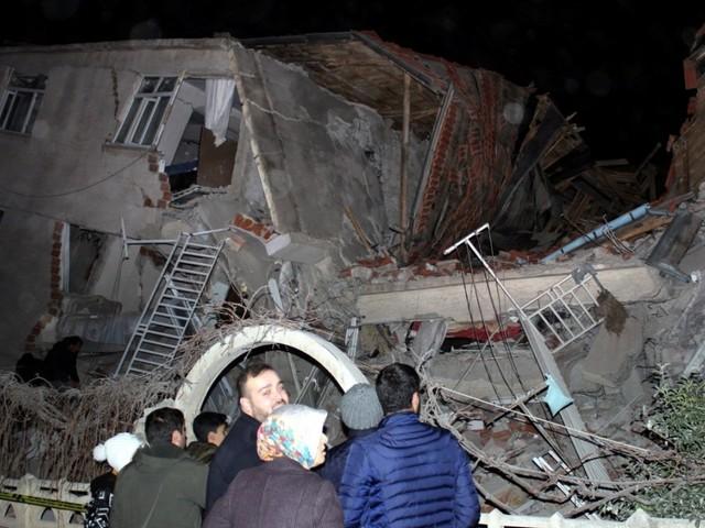 Provinz Elazig: Tote bei schwerem Erdbeben in der Türkei