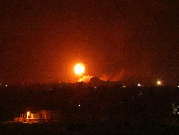 Israels Armee fliegt Luftangriffe im Gazastreifen