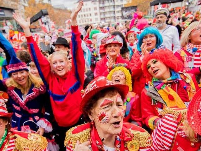 Närrische Zeit - Frei an Karneval? Das müssen Arbeitnehmer für Fasching wissen