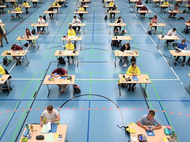 Corona-Pandemie: Abiturprüfungen finden laut KMK in diesem Jahr statt
