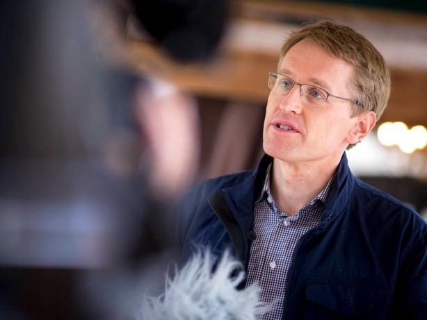 """Newsblog für den Norden: Günther: Corona-Impfung ist """"absolute Bürgerpflicht"""""""