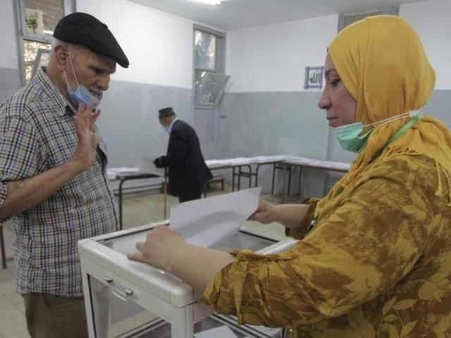 Parlamentswahl in Algerien: Viele wählen Boykott