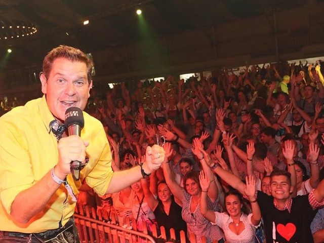 Vagabunden sorgen für Stimmung beim Oktoberfest in Wittlich