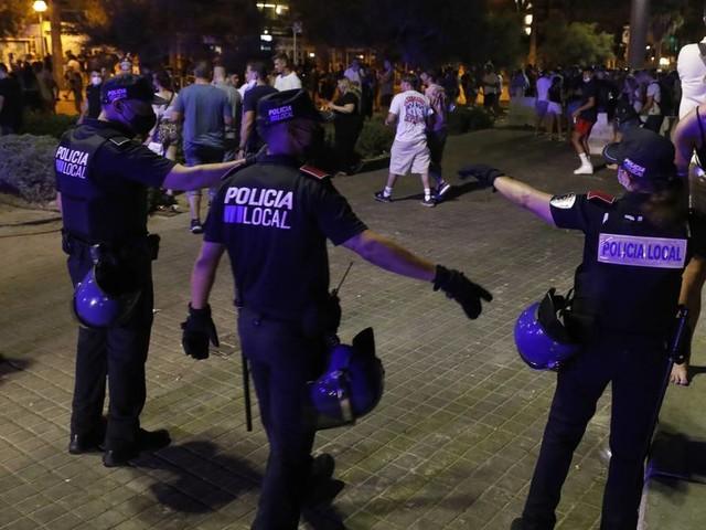 [GA+] Nächtliche Trinkgelage: Mallorca ist Hochinzidenzgebiet - doch die Party geht weiter