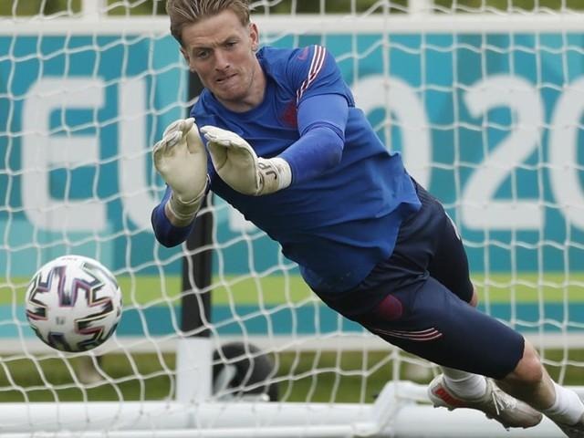 EM-Viertelfinale live: So steht es bei der Ukraine gegen England