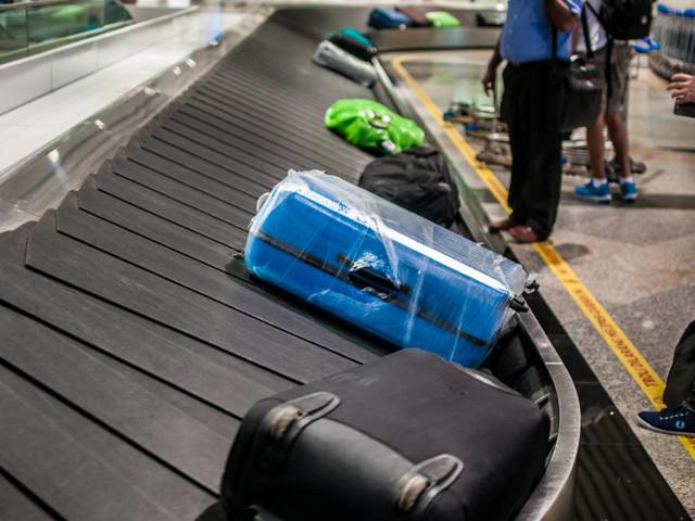 Gepäck-Wrapping: Warum es sinnvoll ist, den Koffer in Folie zu wickeln