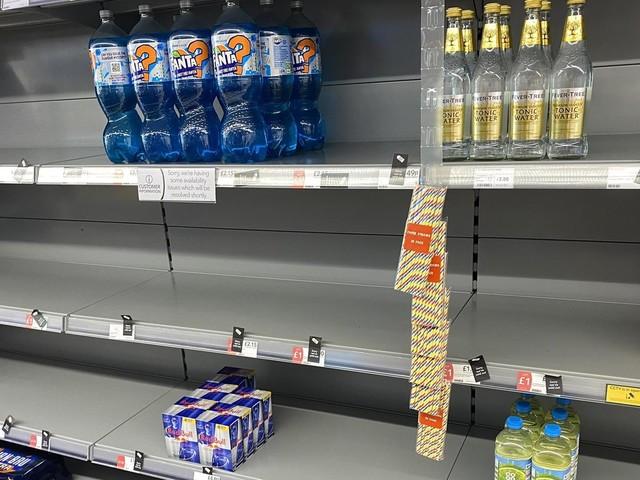 Corona in England: Legt die Delta-Variante auch die deutsche Wirtschaft lahm?