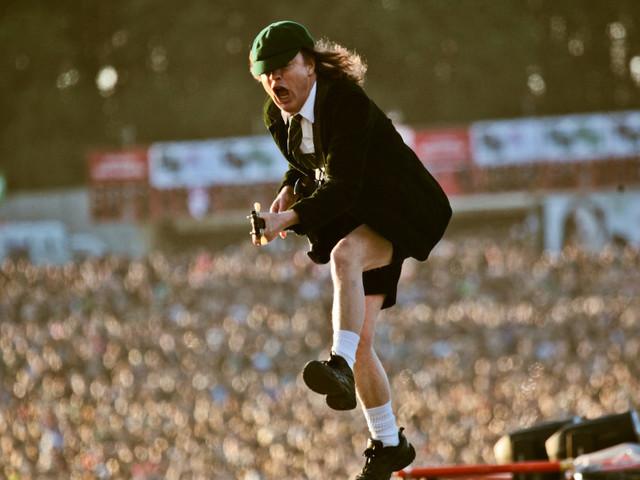 Die besten Gitarristen aller Zeiten: Angus Young (AC/DC)