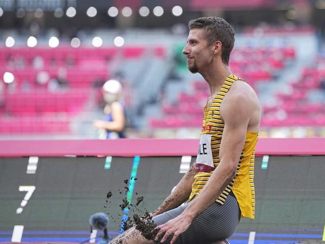 Fabian Heinle bei Olympia 2021: Stuttgarter Weitspringer wird nach Verletzung Letzter im Finale
