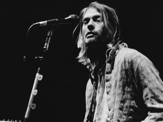 Nirvana: Auktionshaus versteigert von Kurt Cobain persönlich getragene Kleider
