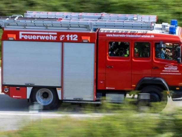 Brände: Zwei Häuser in Eggstedt in Brand geraten