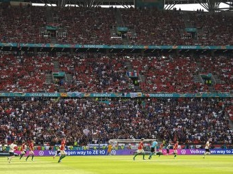 Corona: Kritik an vollen Stadien bei Fußball-EM