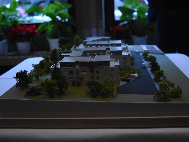 Wo weiße Riesen wachsen. Großes Wohnprojekt soll Versorgungslücke in Bollendorf schließen